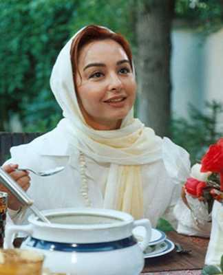 ماهایا پطروسیان و نام تعدادی از فعالیت های وی