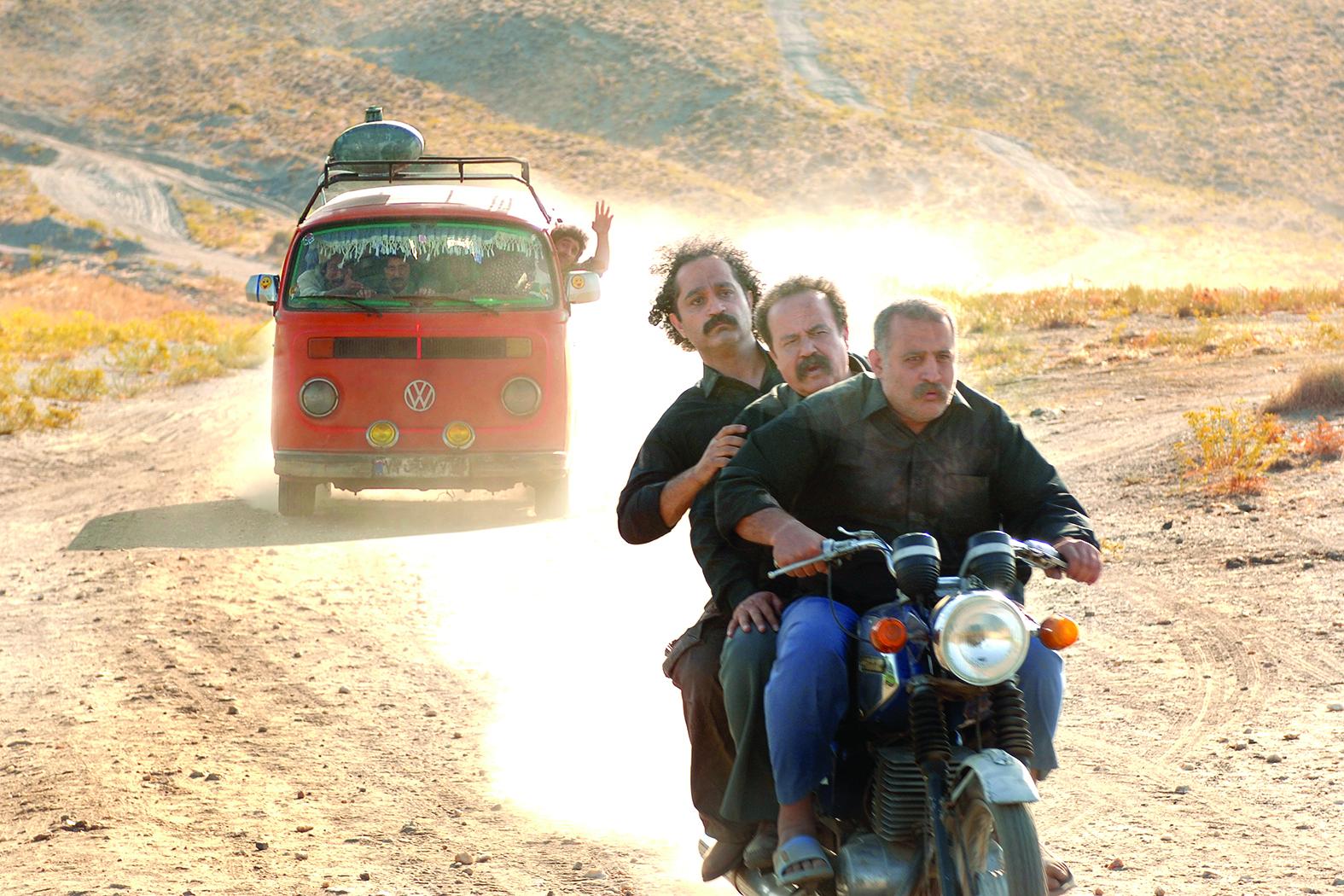 """عکاس فیلم """" امپراطور جهنم """" در کنار علی نصیریان کم آوردم! عکاسی محمد فوقانی در فیلم علی البدل"""