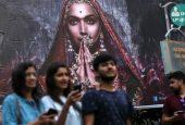 تهدید کردن راستگرایان هندو به آتش زدن سینماها