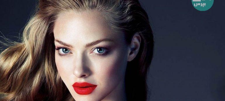 نکات آرایشی که باید در زمان پوشیدن لباس قرمز به آن توجه کنید