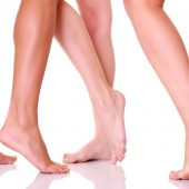 روش هایی برای داشتن پای لطیف و شفاف