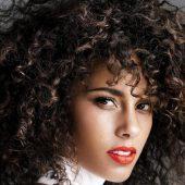 محافظت و نگهداری از موهای فر