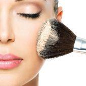 آرایش هایی برای خانم هایی که دچار آلرژی فصلی می شوند