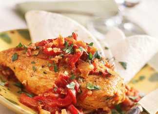خوراک مرغ با فلفل قرمز