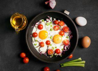 املت پیاز و گوجه فرنگی