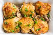 مرغ با قارچ و دستور پخت آن