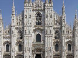 کلیسای دومو دو میلانو با دکوراسیونی مدرن