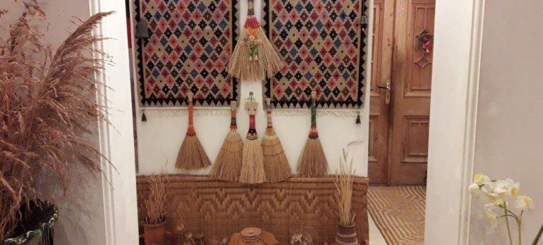 استفاده از گلیم و فرش برای تزئین دیوارهای منزل