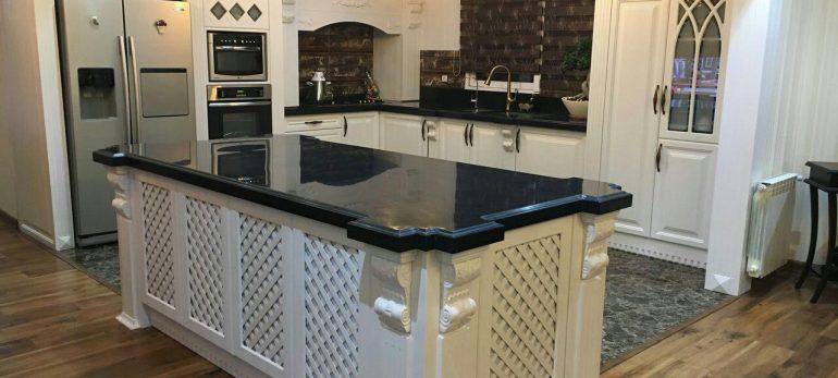 طراحی مدرن آشپزخانه با ایجاد میز جزیره مدرنیته