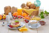 چه غذاهایی را بین دو وعده غذایی بخوریم؟