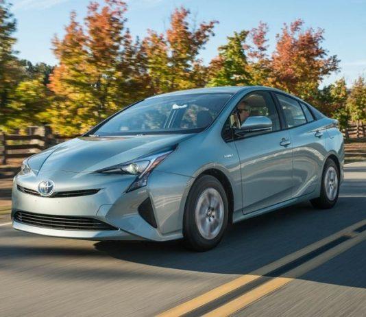 نقد و بررسی تویوتا پریوس( Toyota Prius)