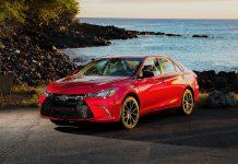 نقد و بررسی تویوتا کمری (2017 Toyota Camry)