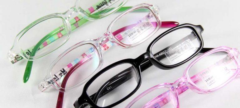 خرید عینک با توجه به اصول و قواعد خاص آن