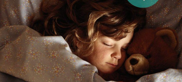 دلایل از تخت خواب پایین آمدن کودکان