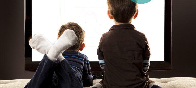 کودک و مشکل تماشای بیش از اندازه تلویزیون