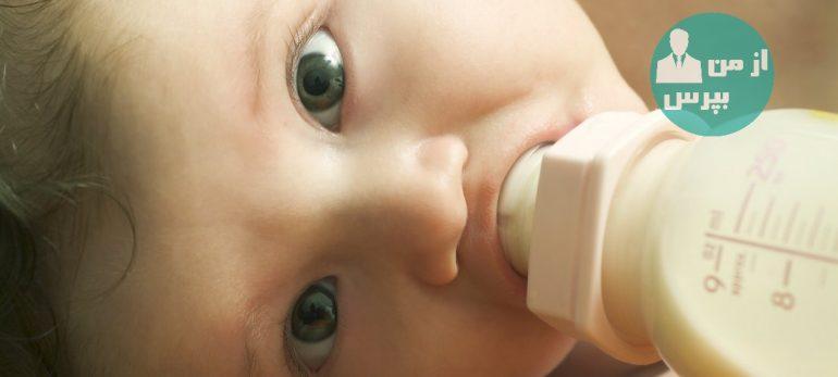 طفل را از شیر خوردن با شیشه شیر (بطری) بتدریج بگیرید