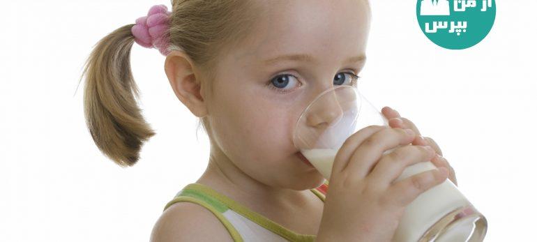 تغذیه با شیر گاو با تغذیه با بطری