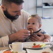 مراقبت های روزانه از نوزاد زیر دو سال