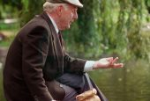 ۷ روش برای جلوگیری از تنهایی و انزوای سالمندان